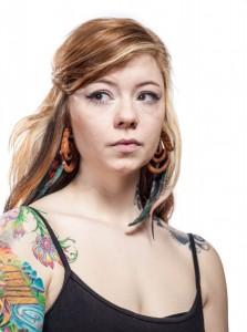 Laura, 23, tatuadora