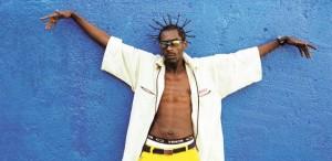 rapper-foi-morto-a-tiros-quando-finalmente-comecava-a-fazer-sucesso-1421255523883_615x300