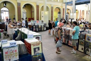 Feira_do_Vinil_-_reproducao-Facebook-Curtindo_POA