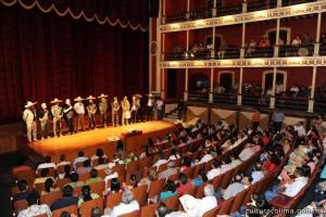 Ante-un-numeroso-público-la-S.C.-presentó-en-el-Teatro-Hidalgo-el-video-documental-La-Charrería-Tradición-en-Colima-Orgullo-Nacional-11