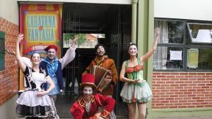 "Cia. Teatro Novo comemora 40 anos do projeto ""A escola vai ao teatro"""