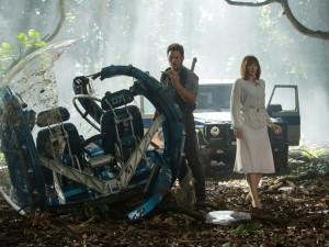 ap_film_review-jurassic_world_1