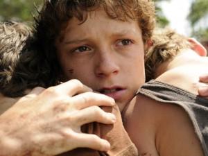 Tom Holland em cena de 'O impossível' (2012); o ator britânico de 19 anos foi escolhido o novo Homem-Aranha