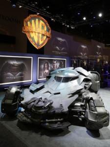 Novo Batmóvel foi revelado na feira 2015 Licensing Expo em Las Vegas