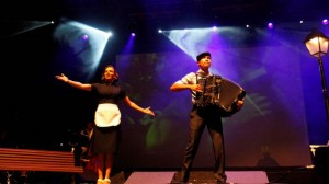 1489043_950473_Piaf__The_Show_concert6