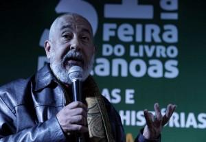 maior_alta_padura_e_frei_betto_ireno_jardim_14