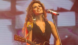 Cantora-Paula-Fernandes-show-em-Curitiba-2016-Foto-Prime-01
