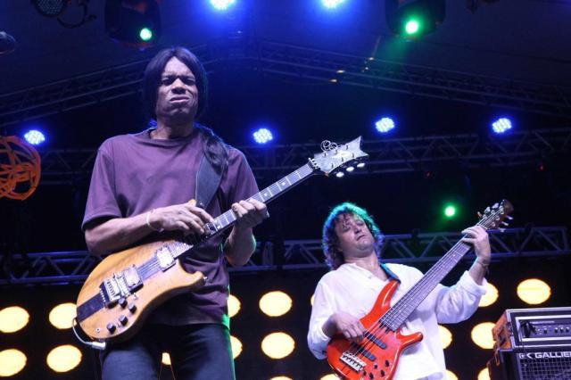 Stanley Jordan se apresenta em Porto Alegre, dia 08 de outubro.